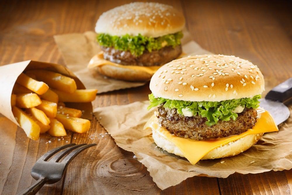 zi de incarcare cu carbohidrati sau de trisare cheat meal